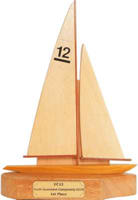 EC12_side_sailing_trophy