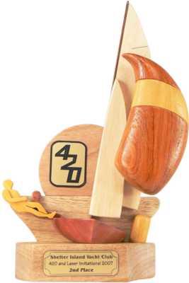 optimist_front_sailing_trophy